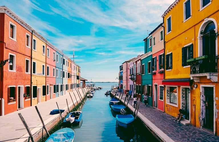 Reisemobil abstellen und Italien genießen.